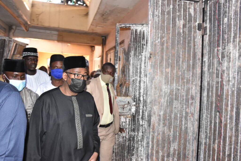 Gobarar Shagunan Bababa: Gwamna Bala Muhammad yayi alkawarin sake gina kasuwar.