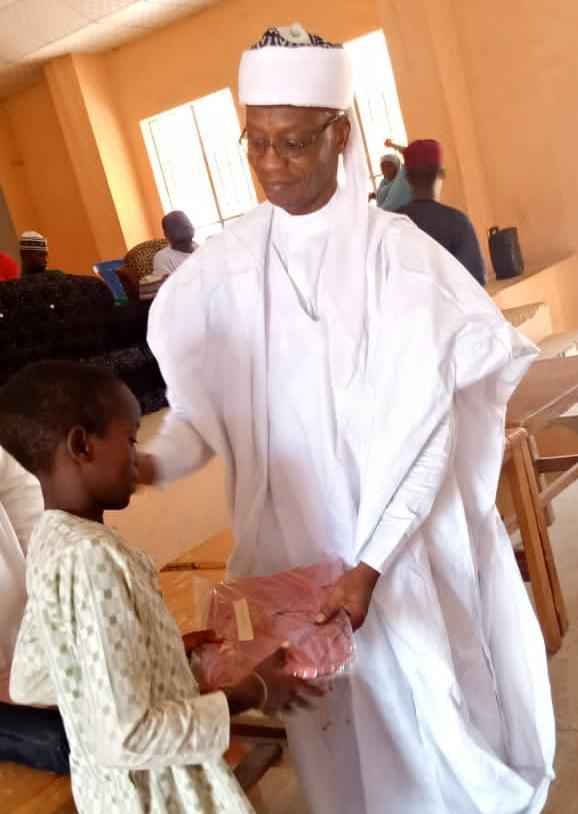 Taimakawa Marayu da gajiyayyu na nada muhimmancin a kowani lokaci – Dr. Suleman Balarabe